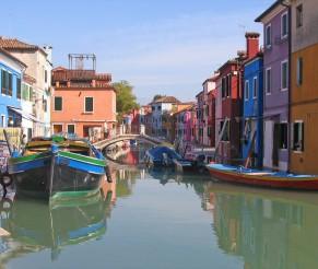 Venecija – sena, spalvinga ir šilta