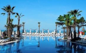 SUPER VIEŠBUTIS! Tik nuo 529 € už 5* poilsį ALBANIJOJE, GRAND BLUE FAFA viešbutyje su AI