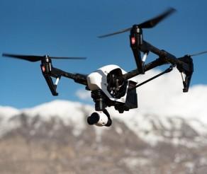Elektroniniai prietaisai lėktuvo bagaže: ko negalima skraidinti?