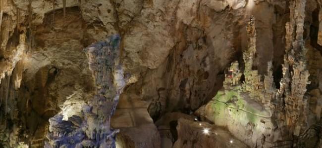 Kandeliabros urvai – lankytinas objektas vykstantiems į Kosta Blanka