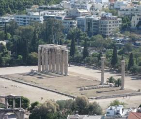 Atėnai. Dzeuso Olimpiečio šventykla