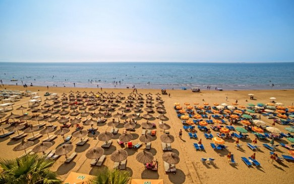 ALBANIJA! 7 n. RINIA 2 4* viešbutyje su viskas įskaičiuota tik nuo 436 €