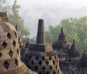 Kelionė į Indoneziją – įspūdinga Borobuduro šventykla