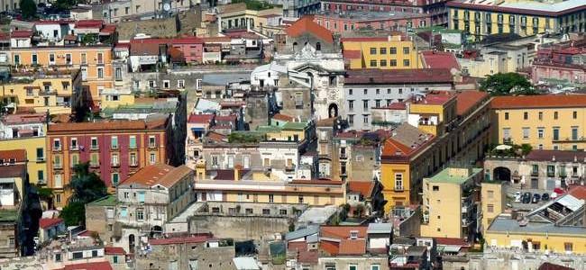 Įdomūs faktai apie Neapolį