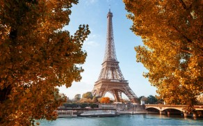 Priežastys, kodėl verta rudenį aplankyti populiariausius Europos miestus