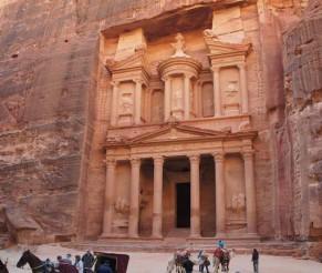 Kelionė į Jordanijos Petrą su Google Street View pagalba