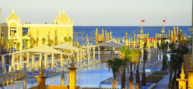 EGIPTAS! Poilsis TITANIC ROYAL 5* su UAI tik nuo 403 €/asm.