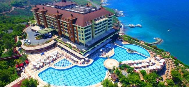 Atostogaukite Turkijos Utopia World 5* vieišbutyje su UAI maitinimu! Tik 426,25 €/asm. + -5% nuolaida