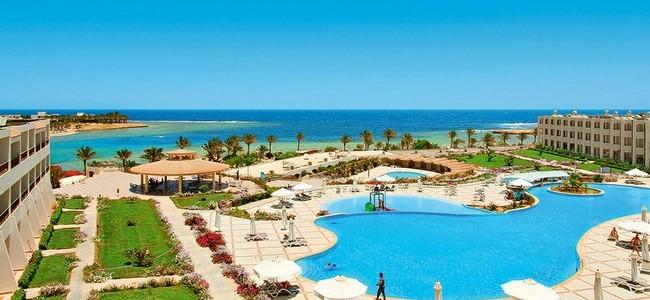 Poilsis Egipte, Marsa Alame PAVASARĮ arba RUDENĮ! Royal Brayka Resort 5* su viskas įskaičiuota nuo 319 €/7n.