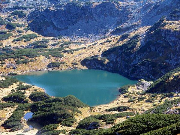 Ežerėlis kalnuose