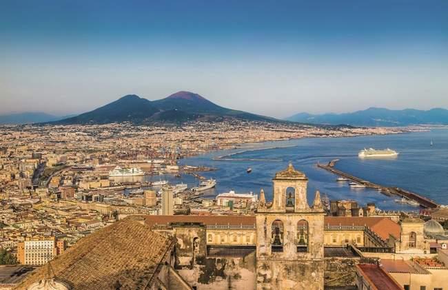 rasti darbą namuose neapolyje