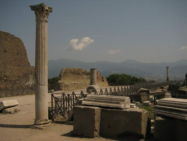pompejos-miestas-neapolis