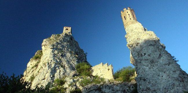 Devino pilis Slovakijoje